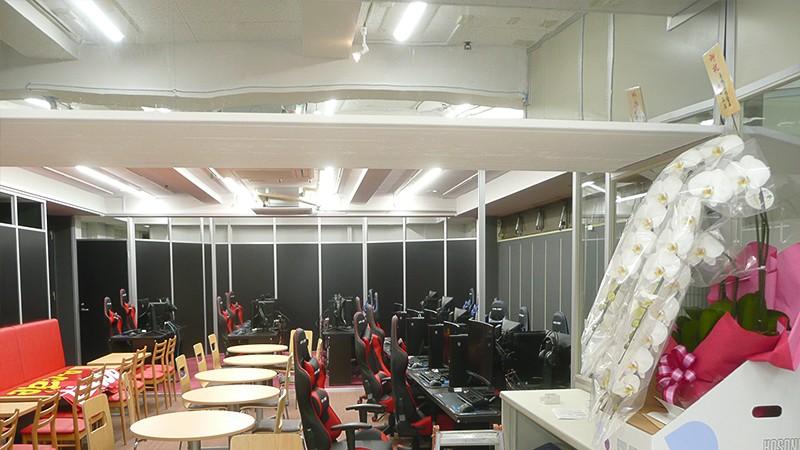 秋葉原にあるeスポーツカフェ「Rocket e-cafe」